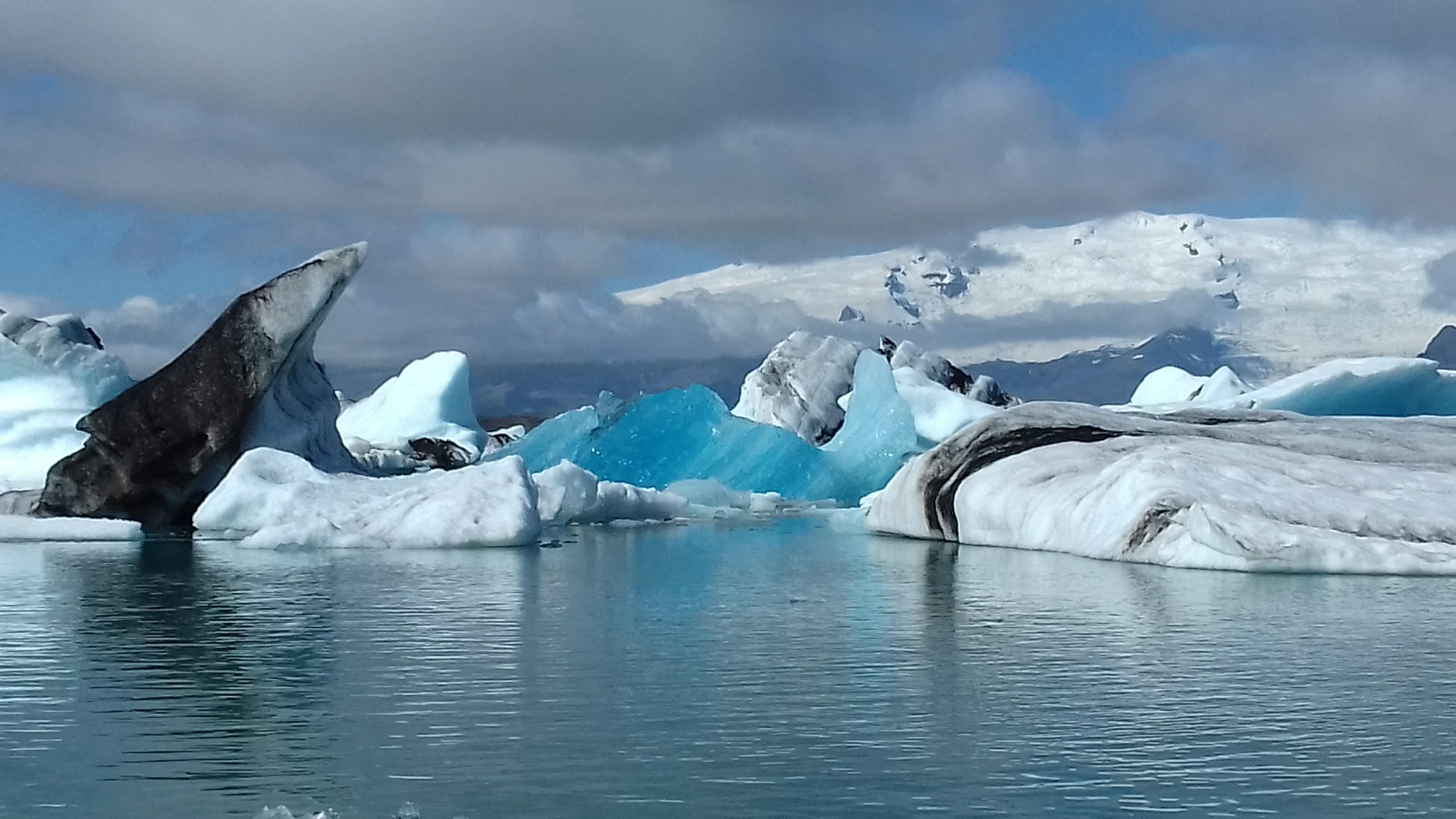Jokulsarlon-Glacier-Lagoon-Russell-Moore