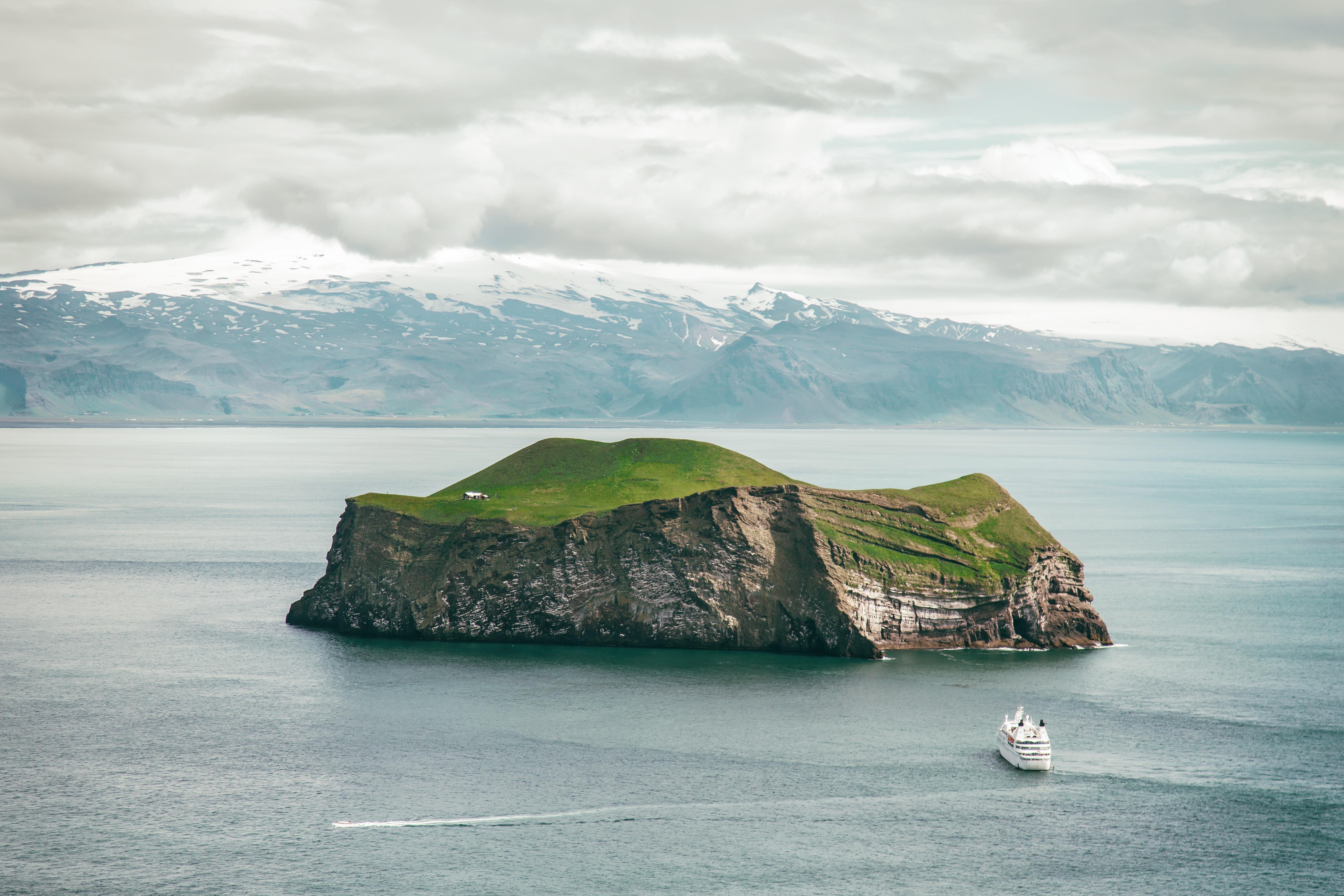 Westman-Island-Ursula-Drake-Iceland