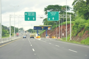 Road-rules-Costa-rica-Cabezas