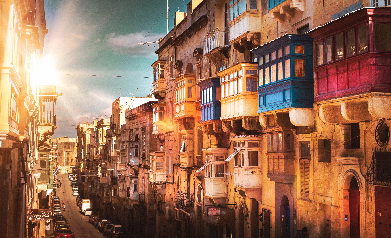Valetta Malta photo by Zoltan Tasi